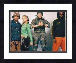 TABOO and APL DE AP signed (THE BLACK EYED PEAS) Music 8X10 photo W/COA #1