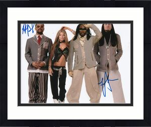 TABOO and APL DE AP signed (THE BLACK EYED PEAS) Music 8X10 photo W/COA #3