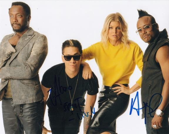 TABOO and APL DE AP signed (THE BLACK EYED PEAS) Music 8X10 photo W/COA #4