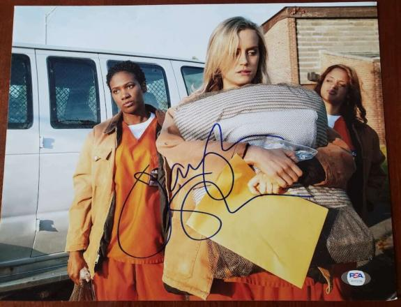 Taylor Schilling PSA DNA Signed 11x14 Orange Is The New Black Photo Autograph