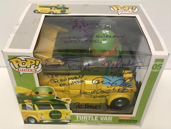 Teenage Mutant NINJA TURTLES Cartoon Cast Signed x8 Funko Pop Van BAS COA