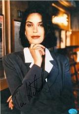 Teri Hatcher autographed 8x10 Photo (Lois Lane Superman)