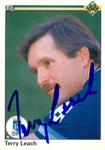 Terry Leach autographed Baseball Card (Kansas City Royals) 1990 Upper Deck #642