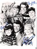 "THE BRADY BUNCH"" Signed by HENDERSON, MCCORMICK, PLUMB, OLSEN, WILLIAMS, KNIGHT, LOOKINLAND 8x10 B/W Photo"
