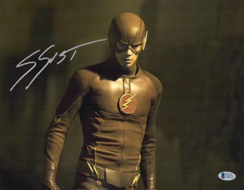 The Flash Grant Gustin Signed 11x14 Photo Authentic Autograph Bas Beckett Coa