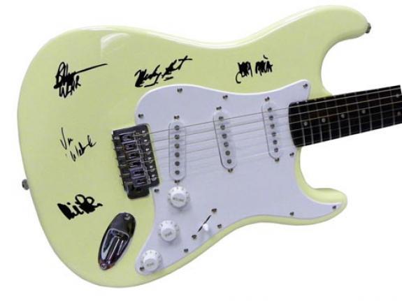 The Grateful Dead Autographed Facsimile Signed Fender Guitar Jerry Garcia Bob Weir++