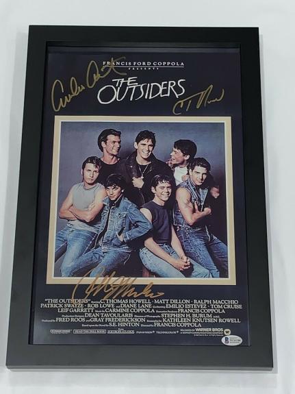 The Outsiders Signed Framed 11x17 Poster Howell Estevez Ralph Macchio Bas Coa