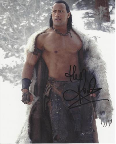 THE ROCK - ACTOR/PRODUCER/PRO WRESTLER (FOOTBALL PLAYER & WWE WRESTLER) Signed 8x10 Color Photo
