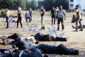 The Walking Dead (4) Lincoln, Reedus, Yeun +1 Signed 12x18 Photo BAS #A00385