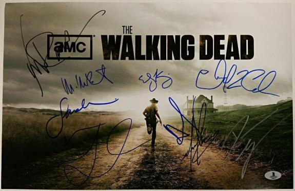THE WALKING DEAD Cast (10) Signed 11x17 Photo Reedus Lincoln Beckett BAS COA (A)