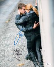 Theo James and Shailene Woodley Signed 11x14 Photo w/JSA Divergent  M84039