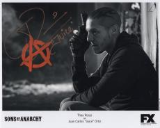 THEO ROSSI HAND SIGNED 8x10 PHOTO+COA       AWESOME POSE   JUICE SONS OF ANARCHY