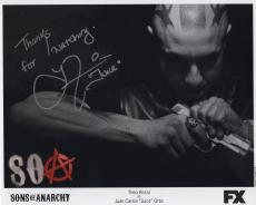 THEO ROSSI HAND SIGNED 8x10 PHOTO+COA       KILLER POSE    JUICE SONS OF ANARCHY