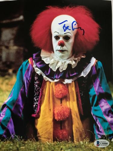 TIM CURRY Signed Pennywise Stephen King IT 8x10 Photo Beckett BAS COA Proof R