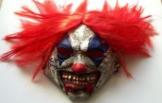 Tim Curry Signed Stephen Kings IT Pennywise Clown Costume Mask PSA/DNA COA #1
