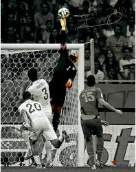 "Tim Howard Team USA Autographed 11"" x 14"" Spotlight Photograph"