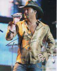 TIM MCGRAW HAND SIGNED 8x10 COLOR PHOTO+COA         SEXY COUNTRY SINGER