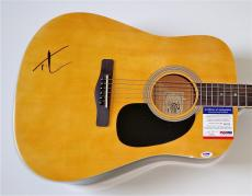 Tim Mcgraw Signed Guitar Psa Coa P64020