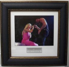 Tim McGraw unsigned 11x14 Leather Framed Photo w/Hill