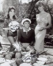 TINA LOUISE+DAWN WELLS HAND SIGNED 8x10 PHOTO       GINGER+MARY ANN         JSA