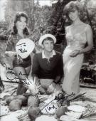 TINA LOUISE+DAWN WELLS HAND SIGNED 8x10 PHOTO+COA     MARY ANN+GINGER    TO BOB