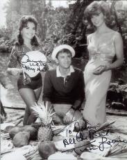 TINA LOUISE+DAWN WELLS HAND SIGNED 8x10 PHOTO+COA     MARY ANN+GINGER    TO JOHN