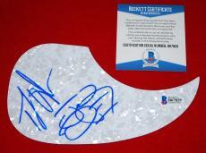 TJ JOHN BROTHERS OSBORNE stay a little longer signed pick guard BAS beckett