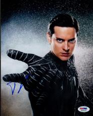 Tobey MaGuire Signed Spiderman Photo - 8x10 PSA/DNA