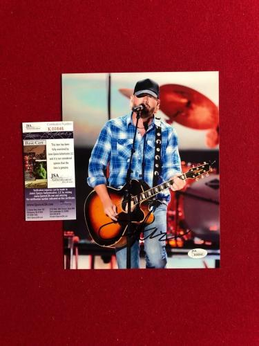 "Toby Keith, ""Autographed"" (JSA) 8x10 Photo (Country Music)"