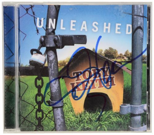 Toby Keith Autographed Unleashed CD Booklet - Beckett COA