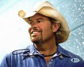Toby Keith Country Musician Signed 8x10 Photo Autographed BAS #D17821