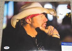 TOBY KEITH COUNTRY SINGER SIGNED 11X14 PHOTO psa/dna