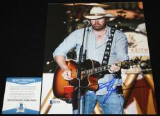 Toby Keith signed 8 x 10, Country, Should've Been a Cowboy, Beckett BAS B92958