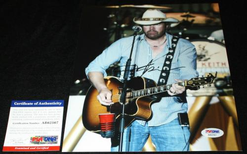 Toby Keith signed 8 x 10, Country, Should've Been a Cowboy, PSA/DNA AB62567