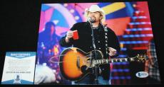Toby Keith signed 8 x 10, Red SOLO CUP, Should've Been a Cowboy, Beckett BAS