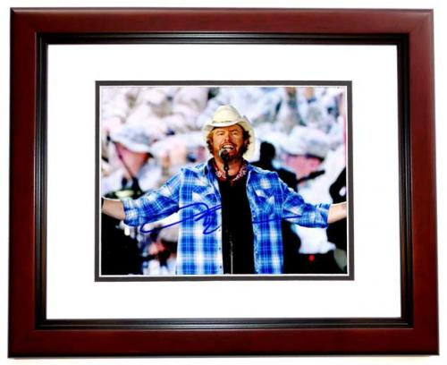 Toby Keith Signed - Autographed Concert 8x10 inch Photo - MAHOGANY CUSTOM FRAME - Guaranteed to pass PSA or JSA - Country Music Singer