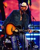 TOBY KEITH Signed Autographed Country Star 8x10 Photo Beckett BAS # D00001