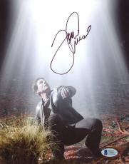 """Tom Cruise Autographed 8""""x 10"""" War of the Worlds On the Ground Photograph - BAS COA"""