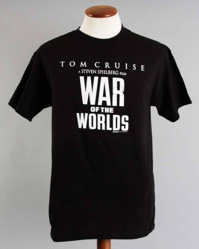 Tom Cruise Signed T-Shirt War Of The Worlds w/ Katie Holmes – COA JSA