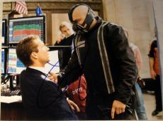"Tom Hardy Signed Autograph ""dark Knight Rises"" Bane Famous Attack 8x10 Photo Coa"