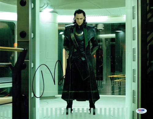 Tom Hiddleston LOKI Signed The Avengers Autographed 11x14 Photo PSA/DNA #AA78314