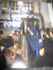 TOM HIDDLESTON SIGNED AUTOGRAPH 8x10 PHOTO AVENGERS PROMO LOKI IN PERSON COA X9