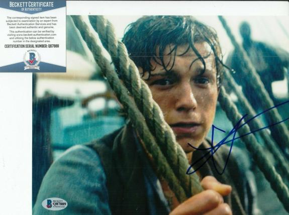 TOM HOLLAND signed (IN THE HEART OF THE SEA) Movie 8x10 photo BECKETT COA