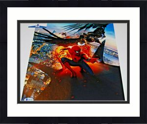 TOM HOLLAND signed (SPIDER-MAN HOMECOMING) AVENGERS 11x14 photo BECKETT COA #6