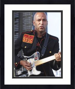 Tom Morello Signed Rage Against The Machine Audioslave 11x14 Photo PSA #Y67754