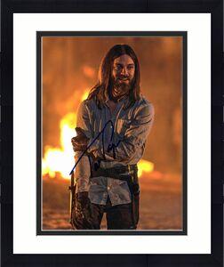 Tom Payne Autographed Photo - The Walking Dead 8x10 BAS #E85247