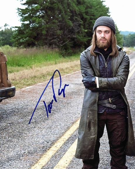 Tom Payne Signed Photo - The Walking Dead 8x10 BAS #E85248