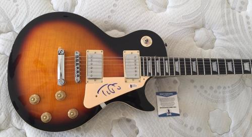 Tom Petty Signed Autographed Electric Guitar Heartbreakers Beckett BAS COA