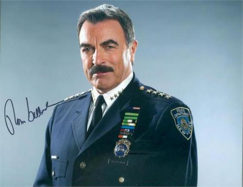Tom Selleck autographed 8x10 photo (Blue Bloods New York Police Commissioner) Image #12