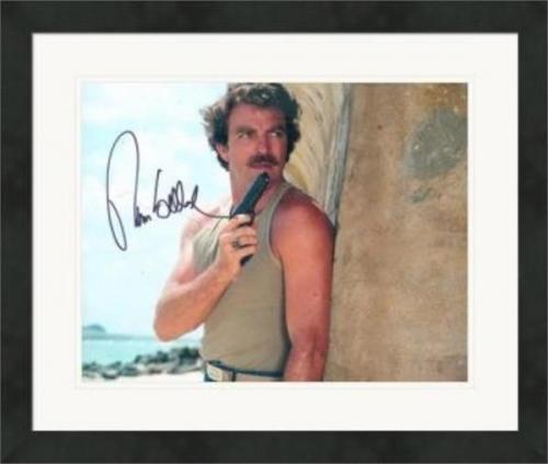 Tom Selleck autographed 8x10 photo (Magnum PI) #SC12 Matted & Framed